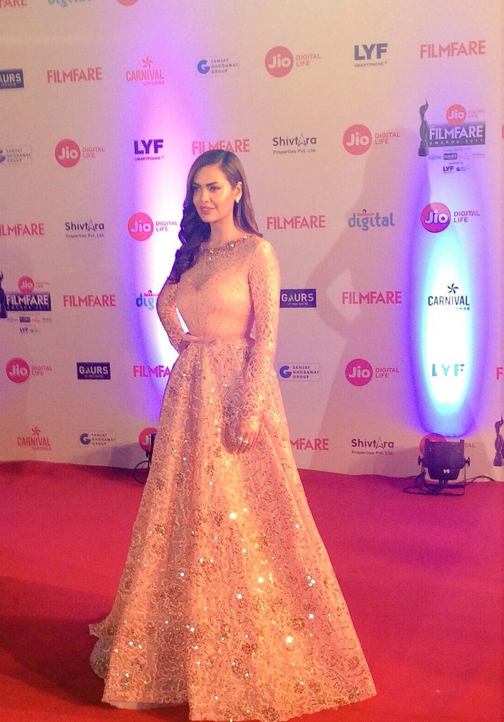 Esha Gupta was gorgeous in GEORGES HOBEIKA's Gown