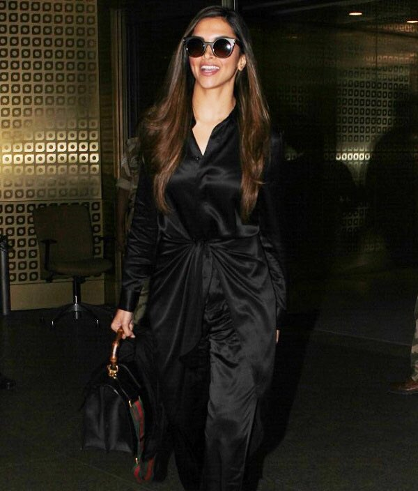 Deepika Padukone looks Dashing In Black Attire at The Mumbai Airport!