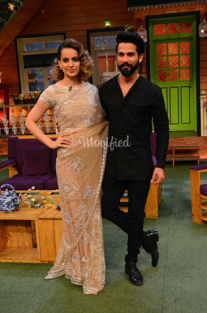 Kangana Ranaut & Shaid Kapoor in Abu Jani Sandeep Khosla's designer saree at Rangoon Promotion at Kapil Sharma Show