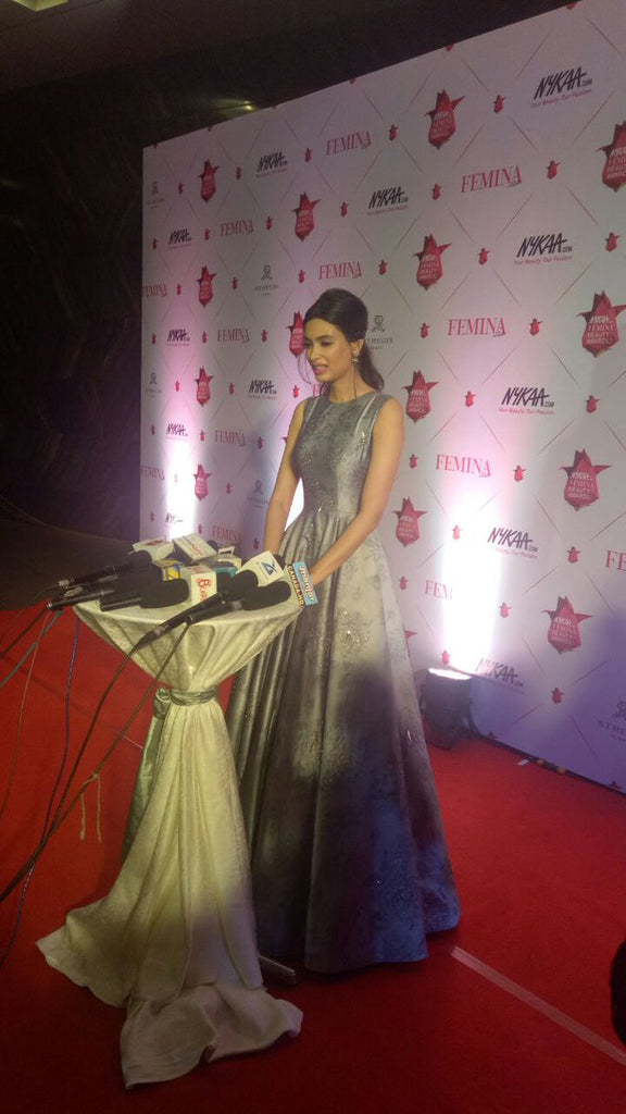 Diana Penty Looked Ravishing in Grey Floral Gown Designed By Nishka Lulla