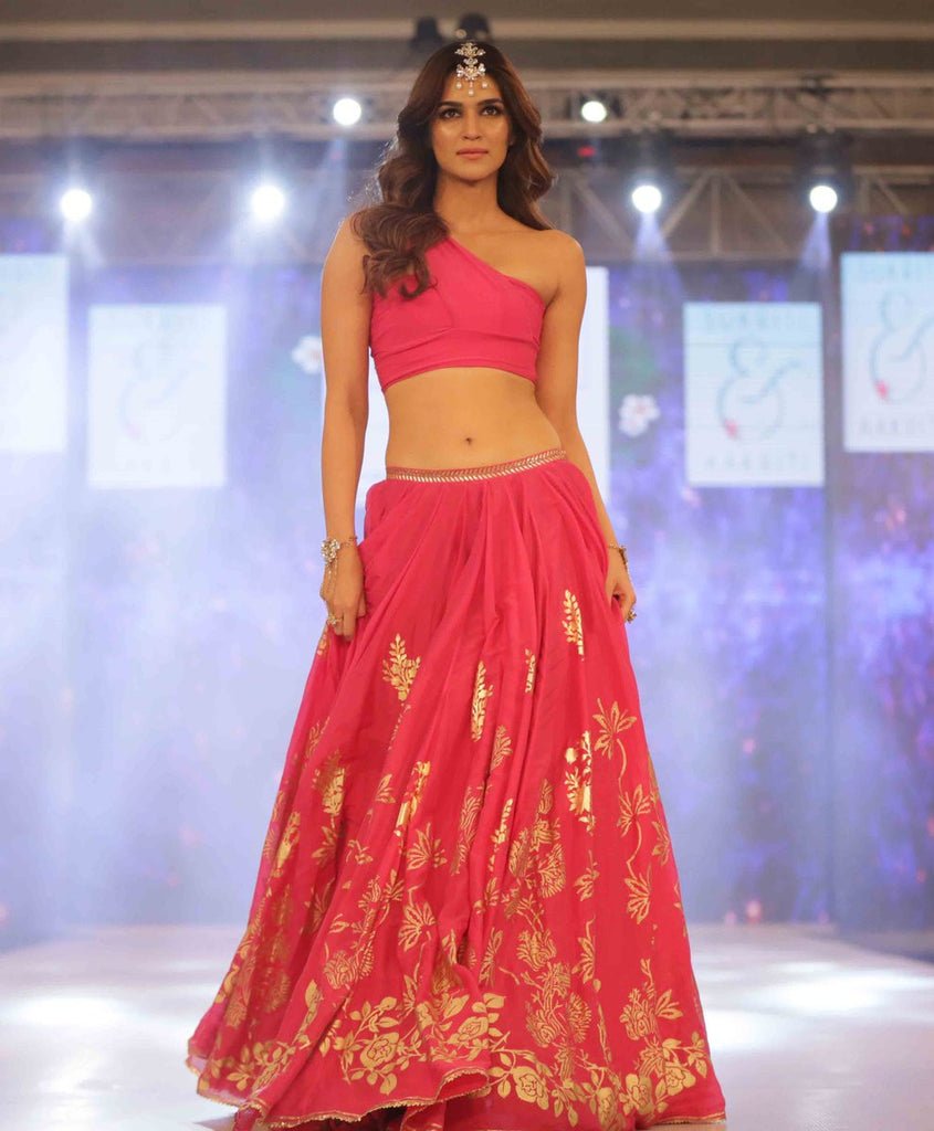 Kriti Sanon Looked Ravishing in Pink Lehenga Design By Duo Sukriti & Akriti