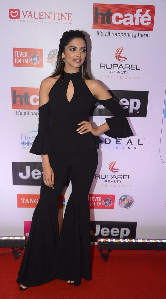 Deepika Padukone Looked Ravishing in A Black Off-Shoulder Dress At HT Most Stylish Awards 2017