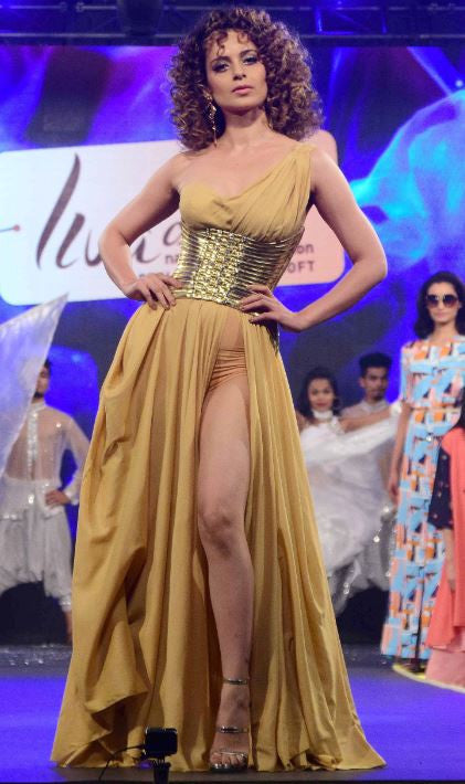 Kangna Ranaut Looked Ravishing At The Launch Of Brand Liva Creme