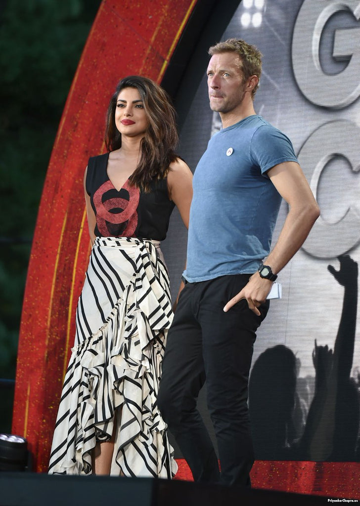 Priyanka-Chopra-with-Chris-Martin-at-Global-Citizen-Festival-event-in-NYC