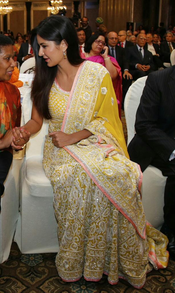 katrina-kaif-in-designer-anarkali-suit