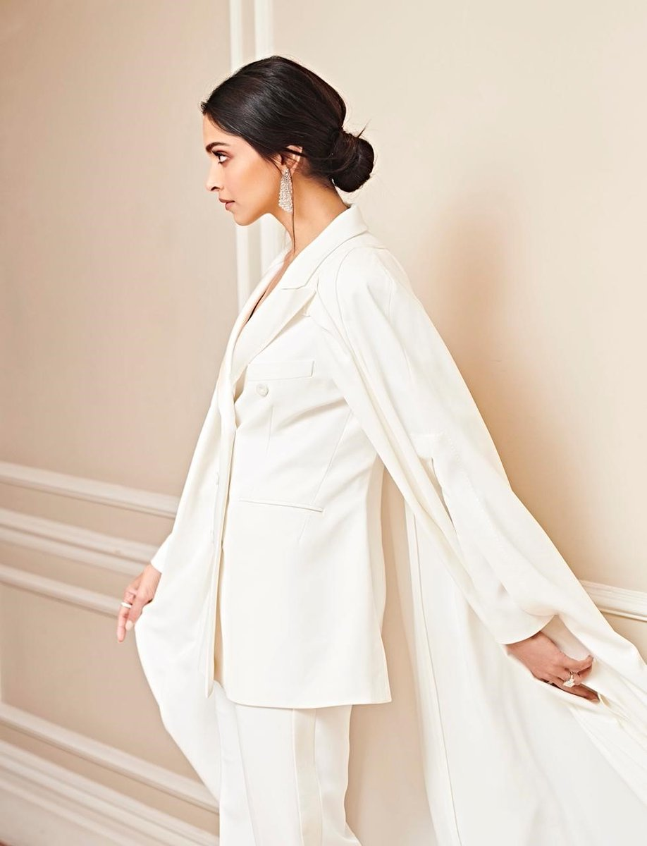 Deepika-padukone-in-white-dress