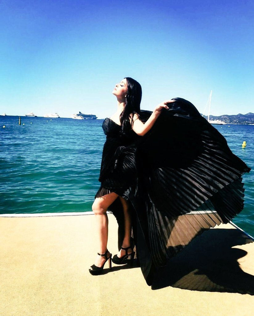 Cannes 2017 Day 2 Look 1: Aishwarya Rai Bachchan Looked Like A Black Swan In Ashi Studio's Gown