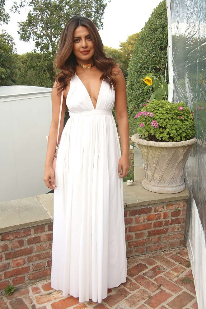 Priyanka Chopra Looked Hot in Billowing White Gown At Guild Hall Summer Gala 2017