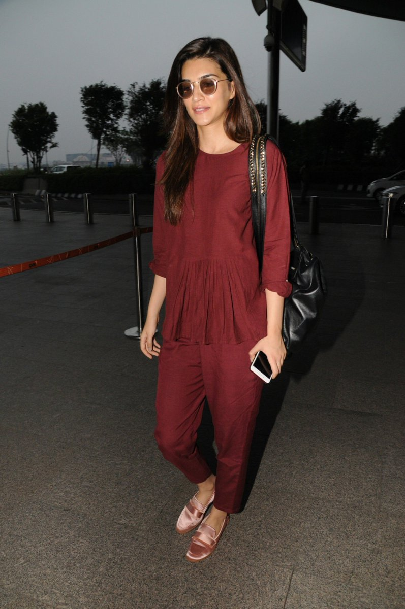 Kriti Sanon Makes A Sharp Airport Style Statement
