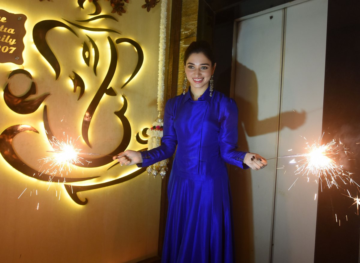 Tamannaah Bhatia Looked Radiant At Diwali Celebration