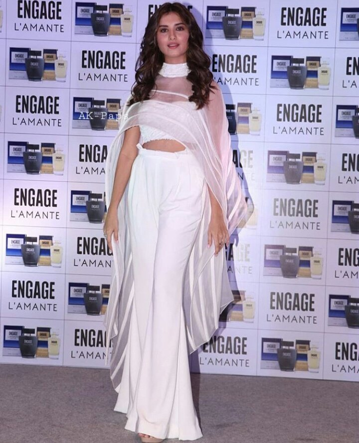 Tara-sutaria-in-white-dress