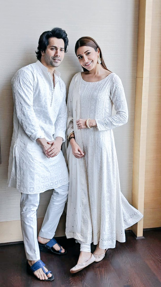 Anushka-Sharma-in-Kanika-Kapoor's-Chinkari-White-Anarkali-Suit