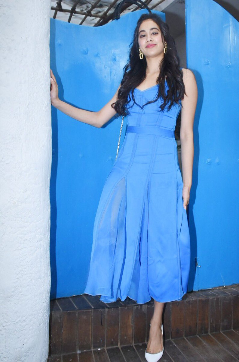 Janhvi Kapoor in Prabal Gurung's Blue Dress