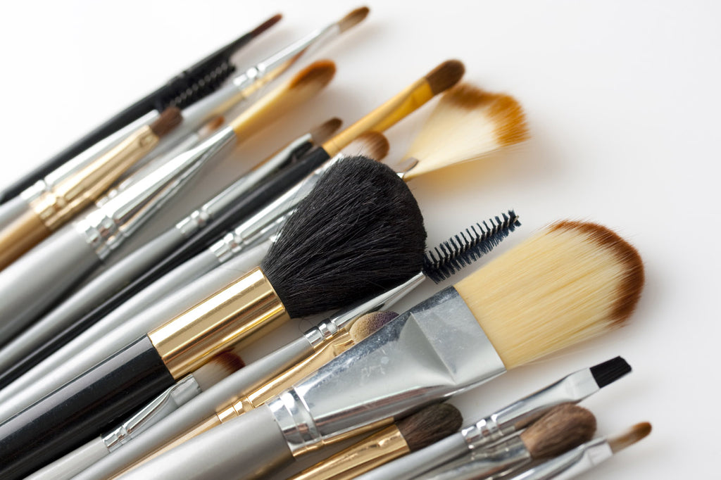 designer-makeup-tools