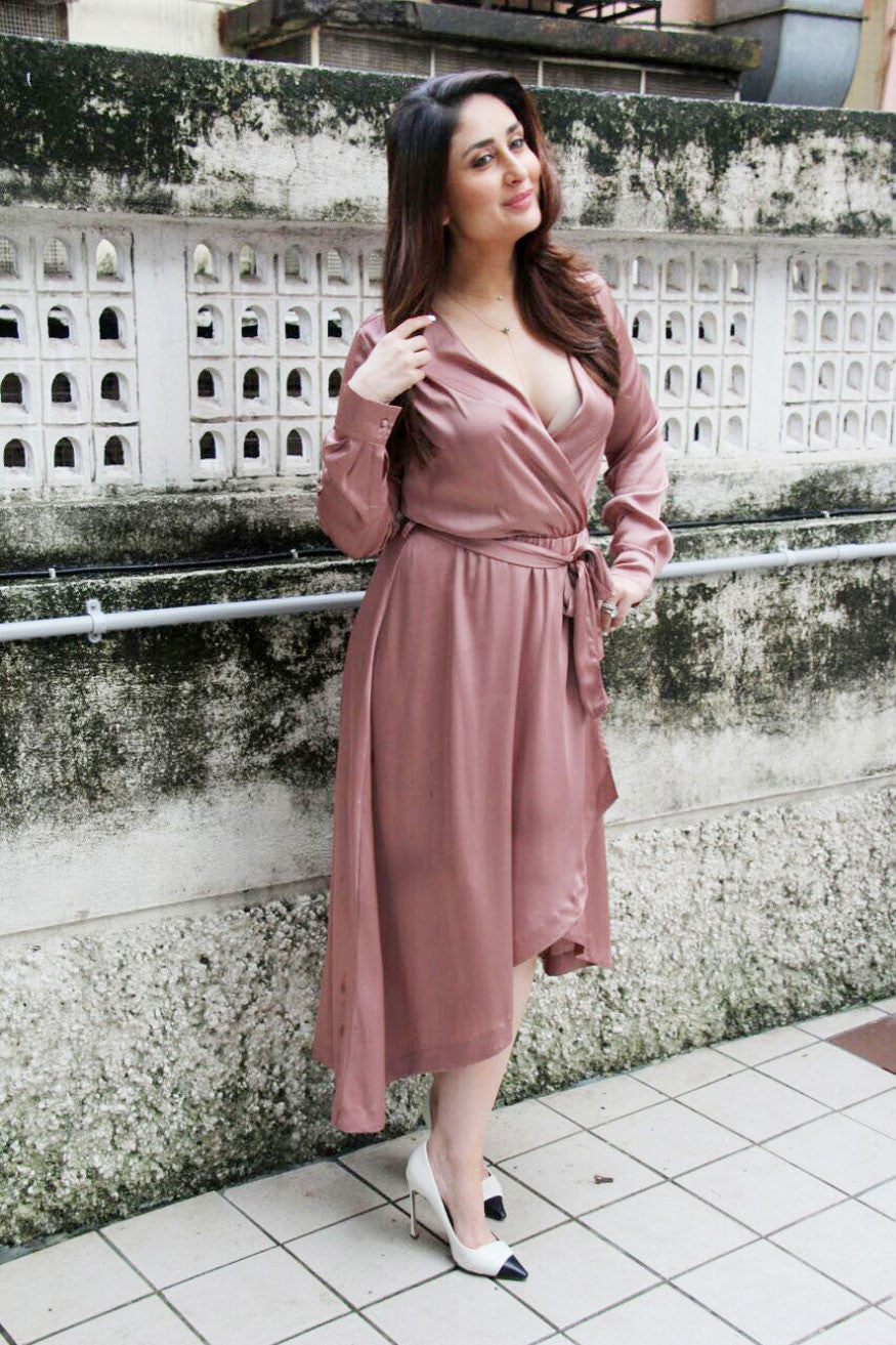 Kareena Kapoor In Blush Pink Wrap Dress By H&M