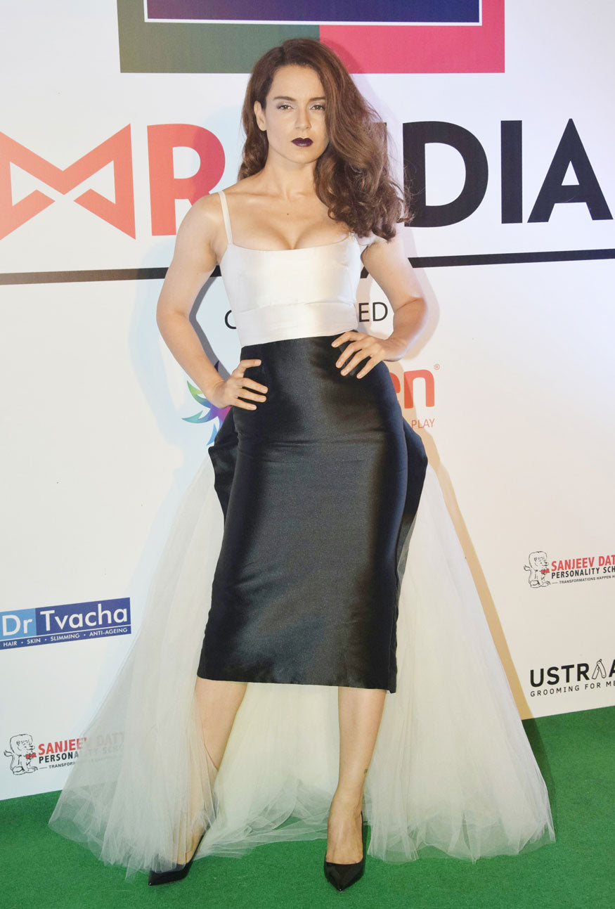 Kangana Ranaut Shows Us How To Nail The Monochrome Look