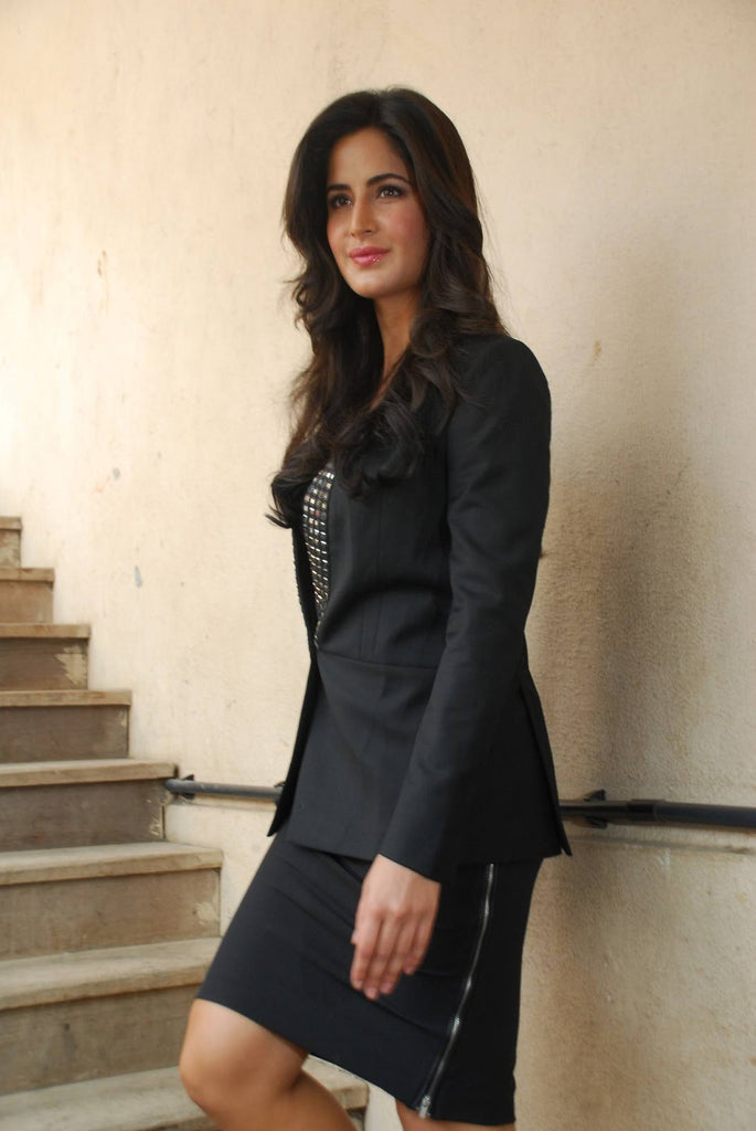 katrina-in-designer-office-wear
