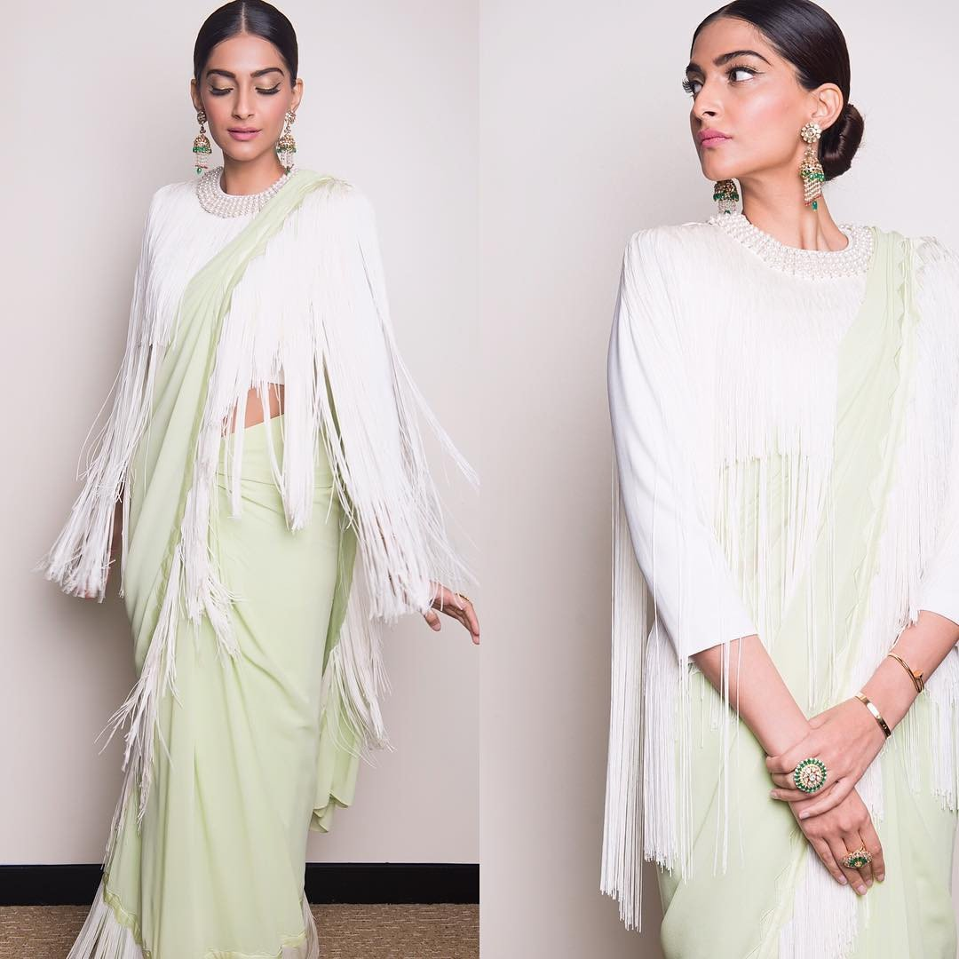 Sonam Looked Ultimate Deshi Diva in Abu Jani & Sandeep Khosla's Fringe Sarees.