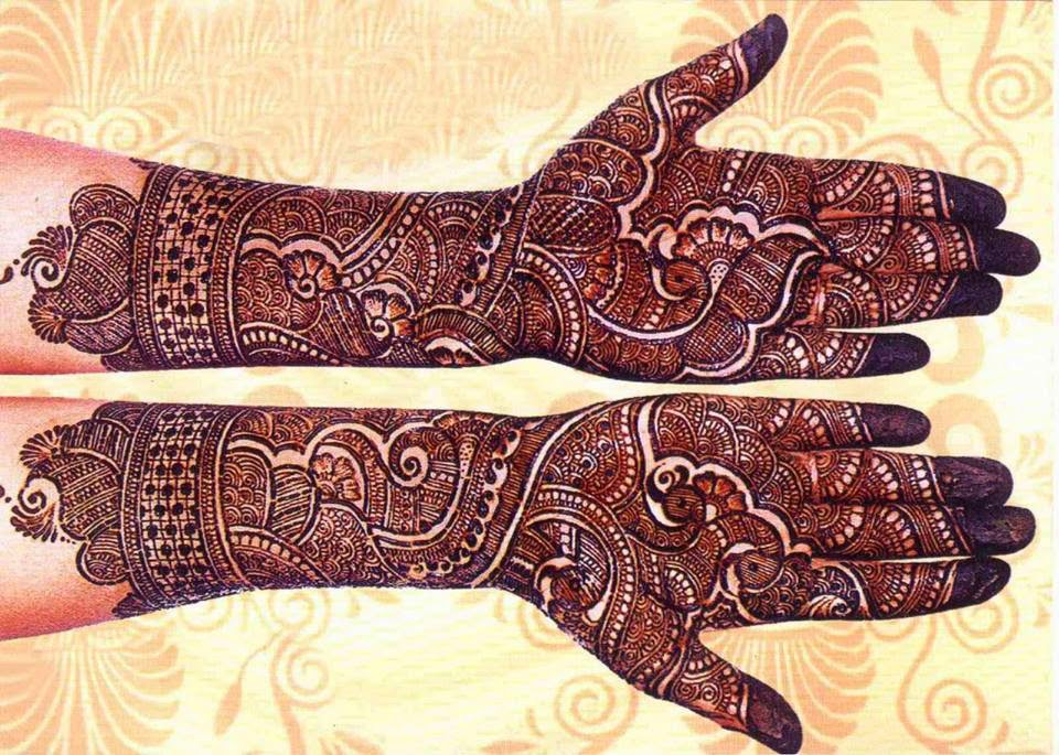 Loving-Creative-Mehndi-Design