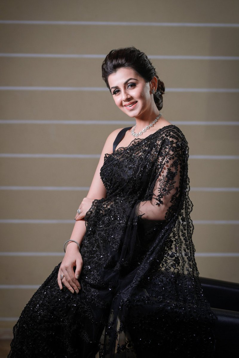 Nikki-Galrani-in-black-net-saree-with-black-designer-blouse
