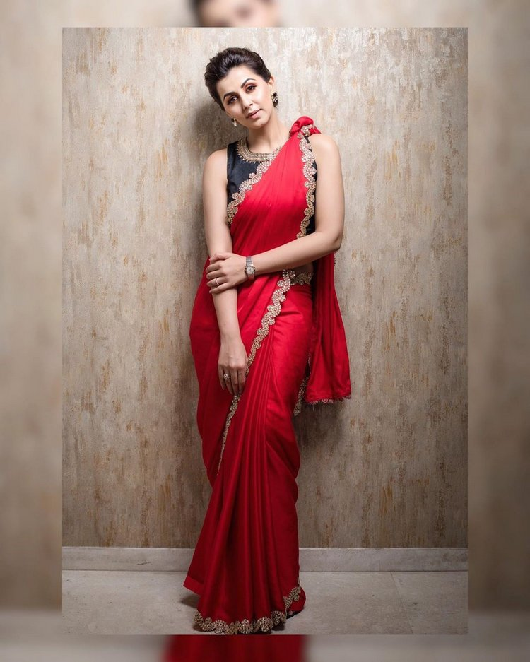 Nikki-Galrani-in-red-satin-saree-with-black-designer-blouse