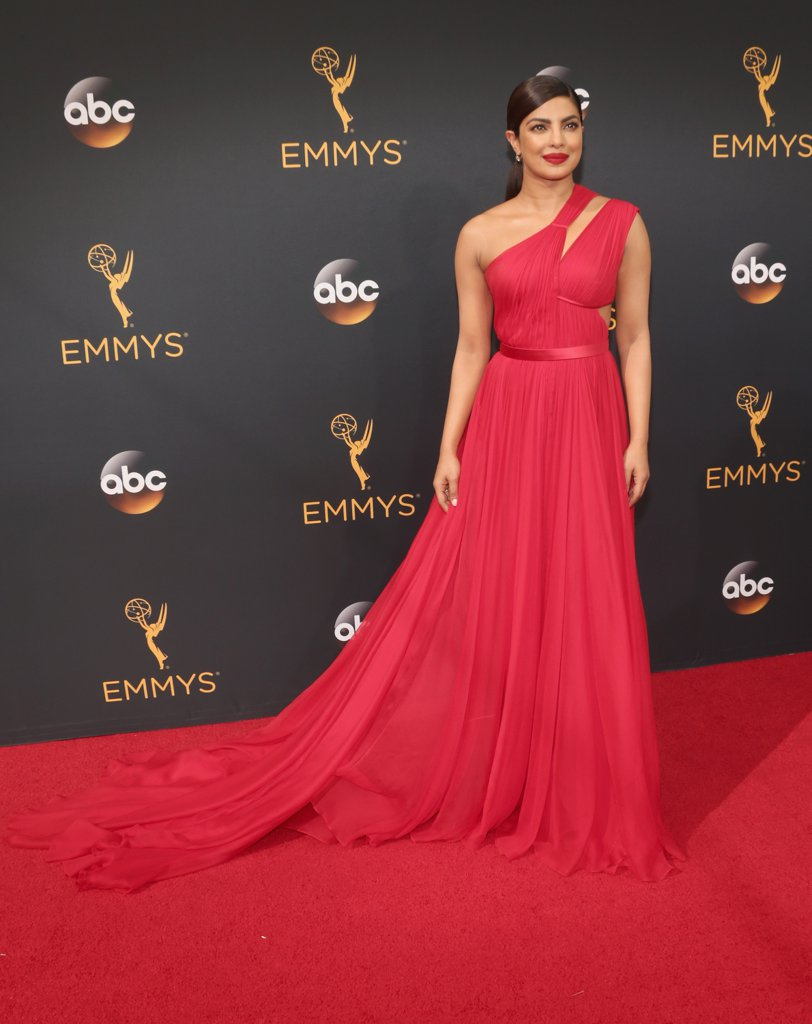 priyanka-chopra-red-dress-emmys-award-2016