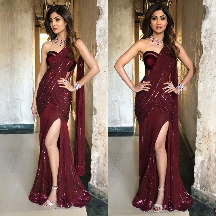 The Beautiful Shilpa Shetty Won Million Hearts in the Manish Malhotra's Custom Saree Gown