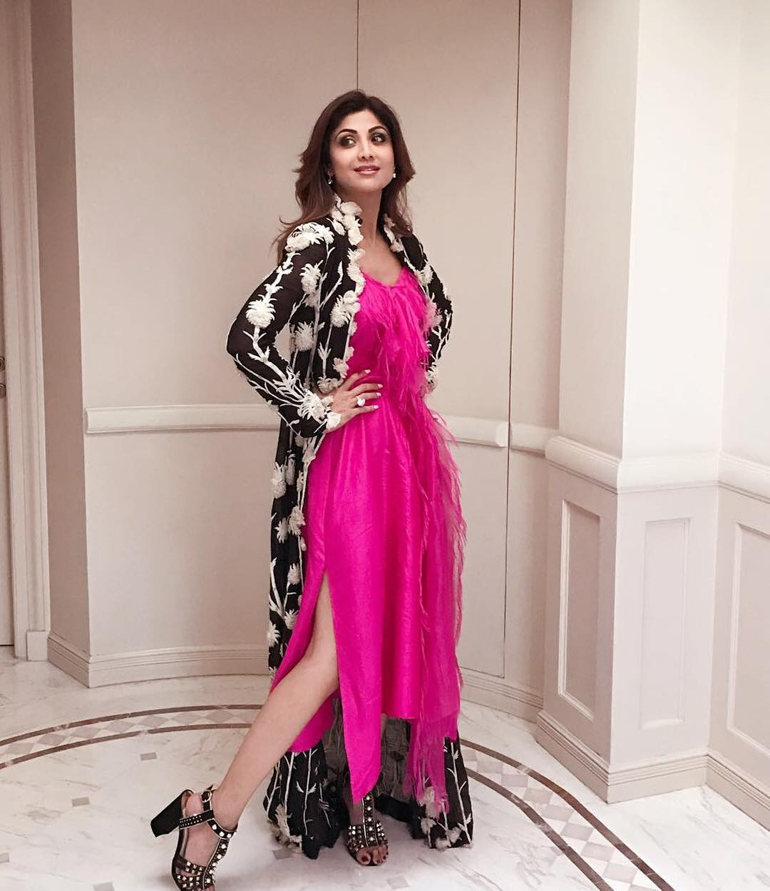 15e7b66c02fbf Shilpa Shetty Looked Amazing In A Pink Dress By Anamika Khanna