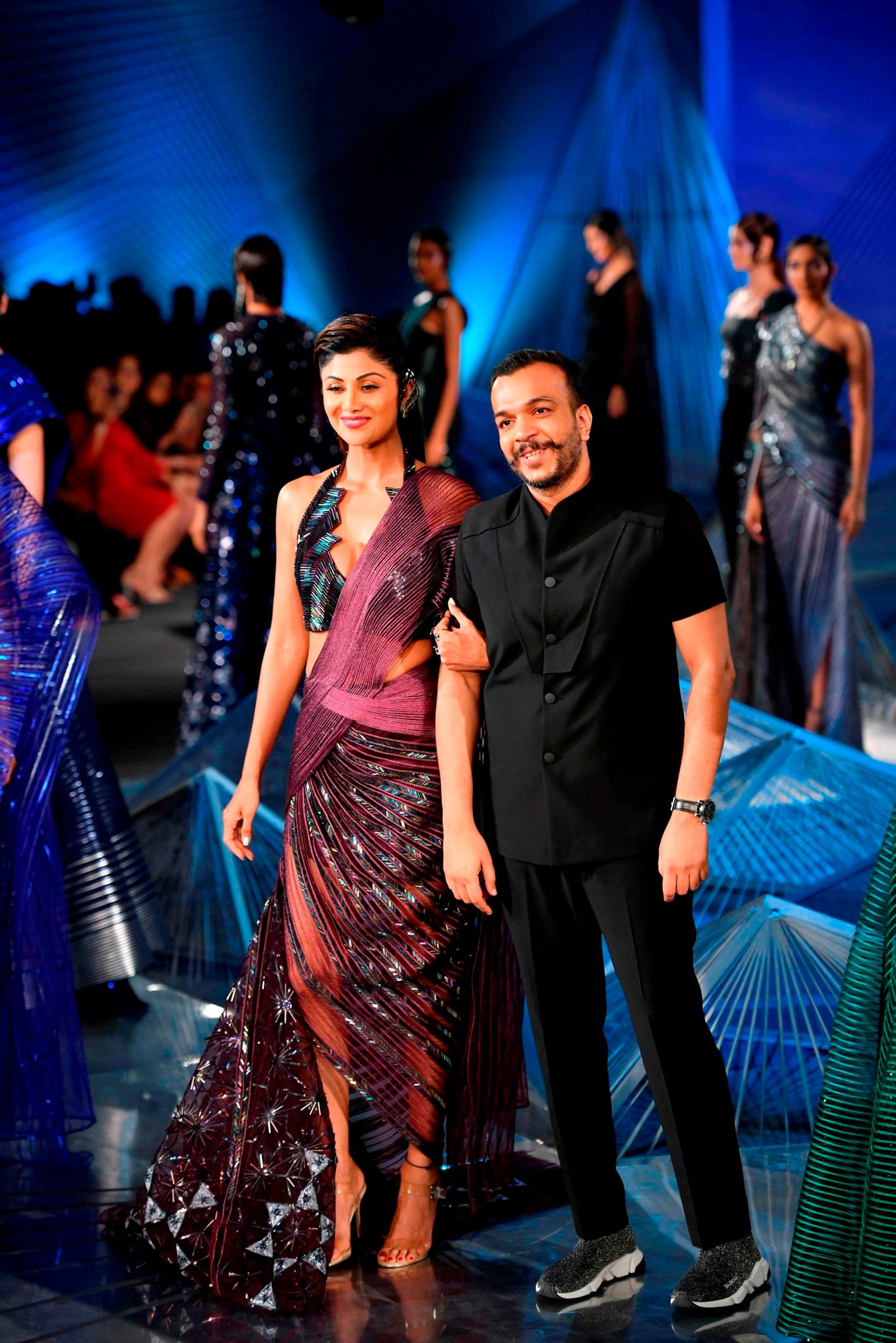 Amit-Aggarwal's-couture-collection-Crystalis-makes-its-debut-at-India-Couture-Week-2018
