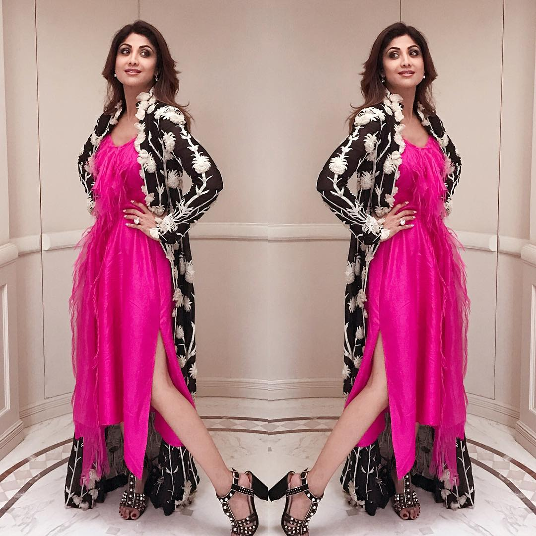 Shilpa Shetty Looked Amazing In A Pink Dress By Anamika Khanna