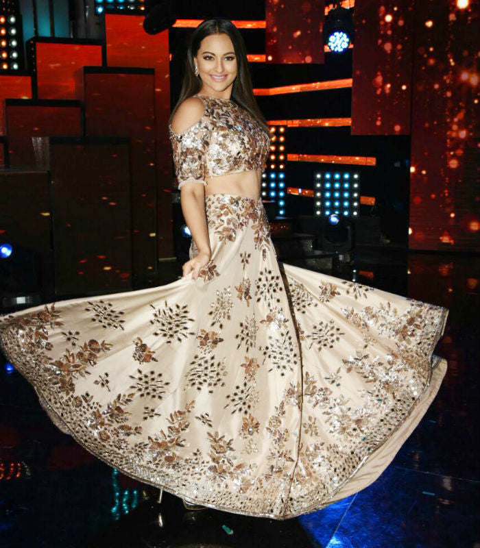 Sonakshi Sinha Looked Stunning in Manish Malhotra