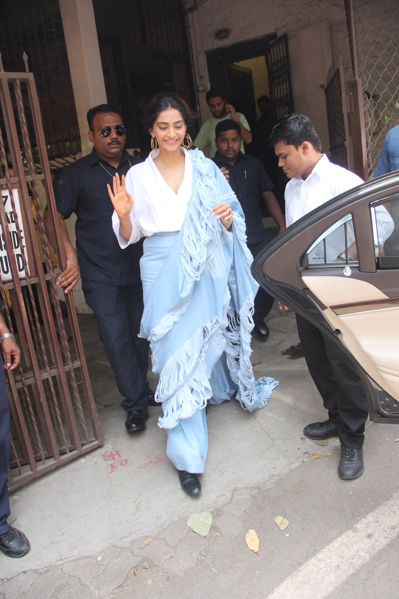 Sonam Kapoor in Diksha Khanna's Ripped Denim Saree