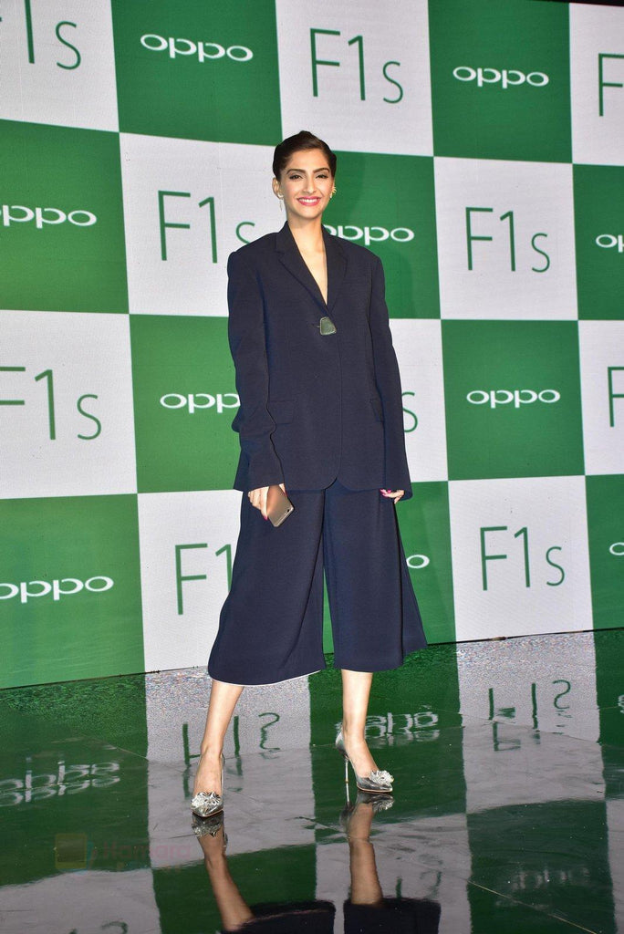 sonam-in-designer-dress