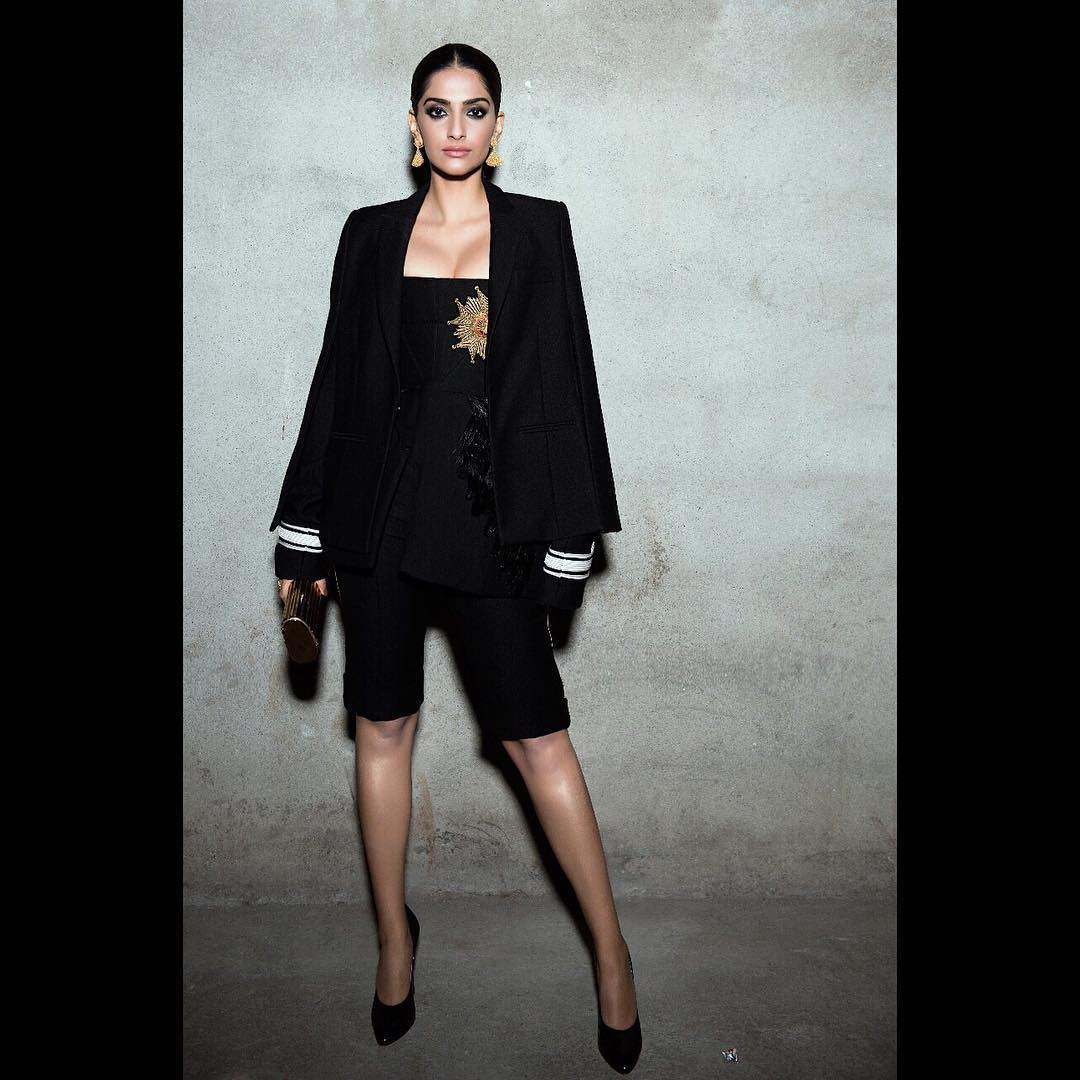 Sonam Kapoor Slayed Her All Black Western Look In Stylish Way