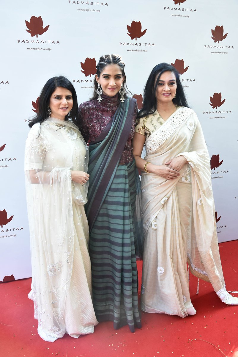 Sonam Kapoor Draped A Simple Saree With Ingenious Ways