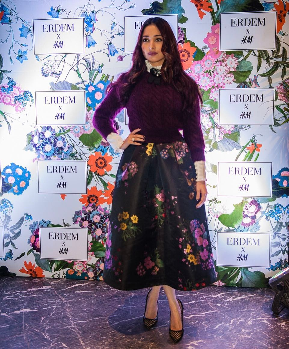 Not A Fan Of Florals? Tamannaah's Gorgeous Outfit'll Make You One