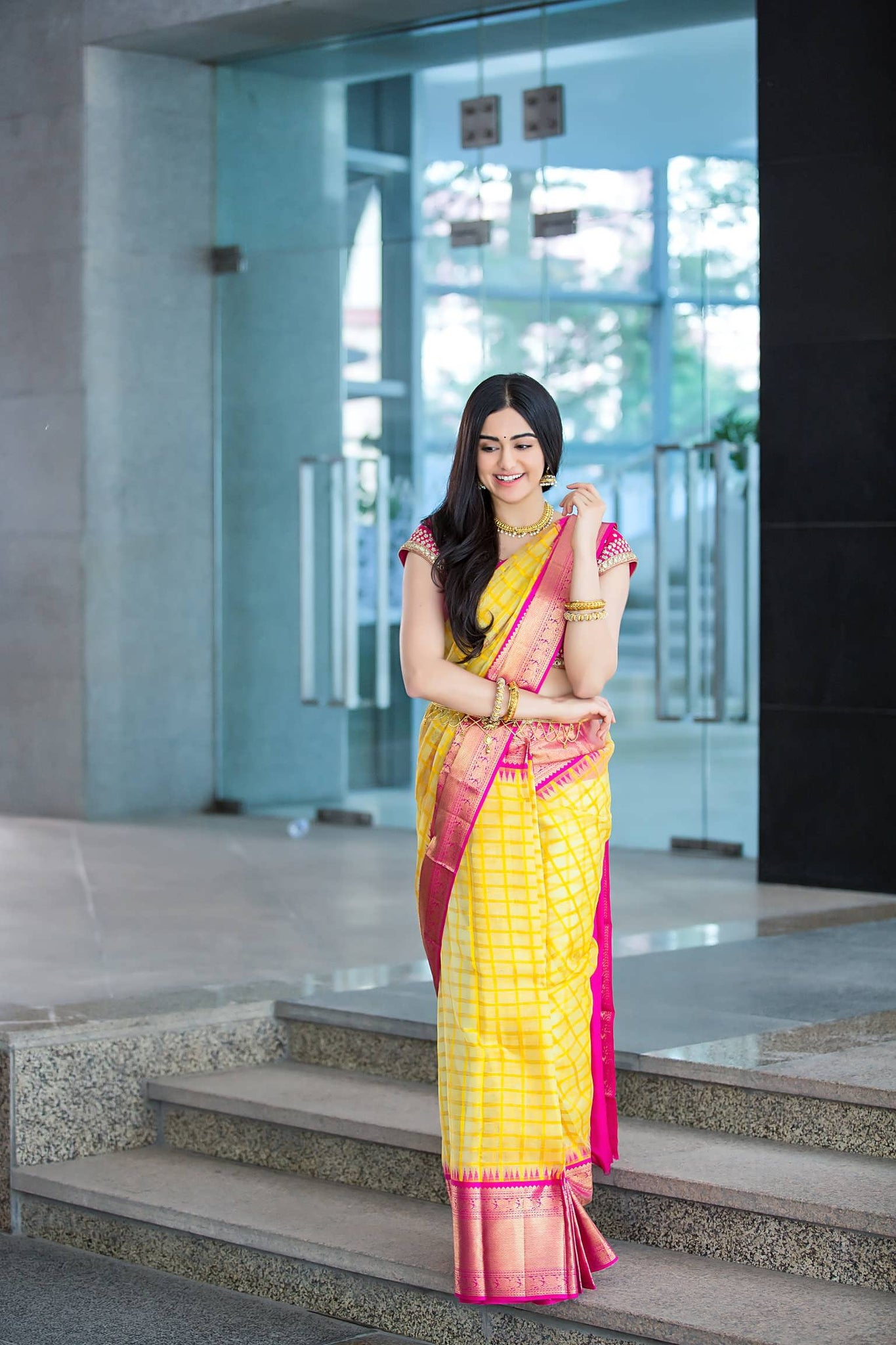 Adah-Sharma-in-Saree