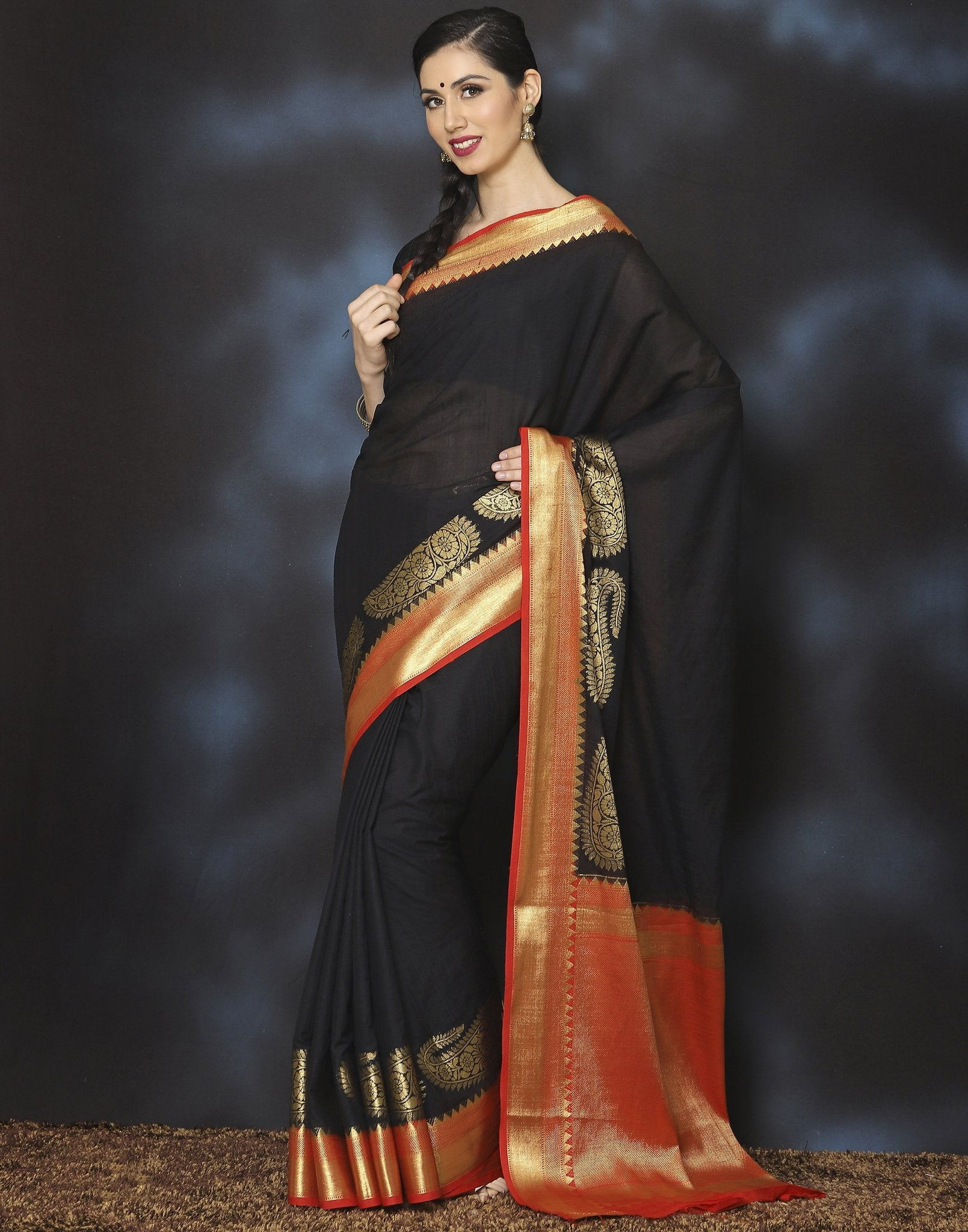 black-silk-saree-with-golden-border