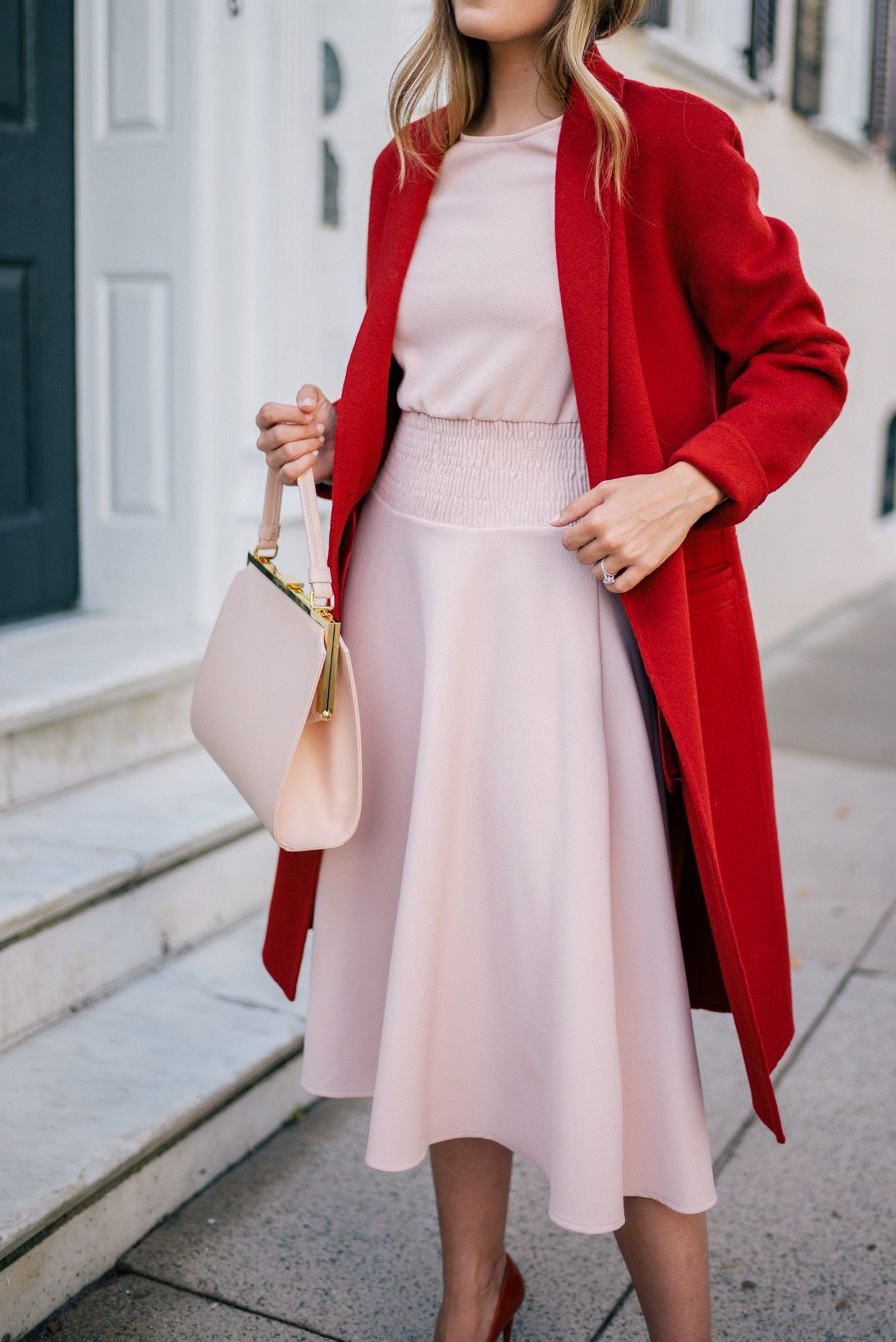 Red-and-Pink-The-Trending-color-fusion-followed-by-the-Fashion-Stalker