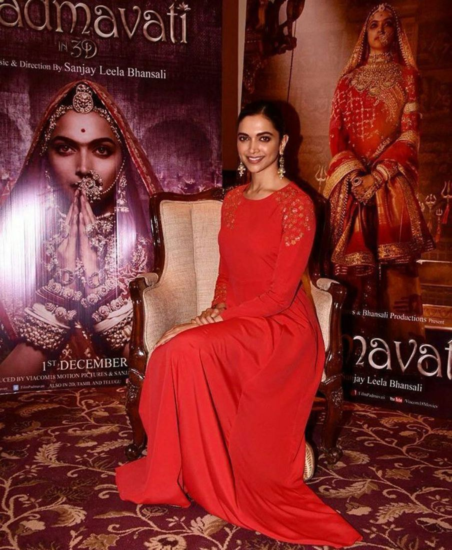 Deepika Padukone Makes Us Swoon In Her Red Hot Avatar During The Promotion Of Padmavati