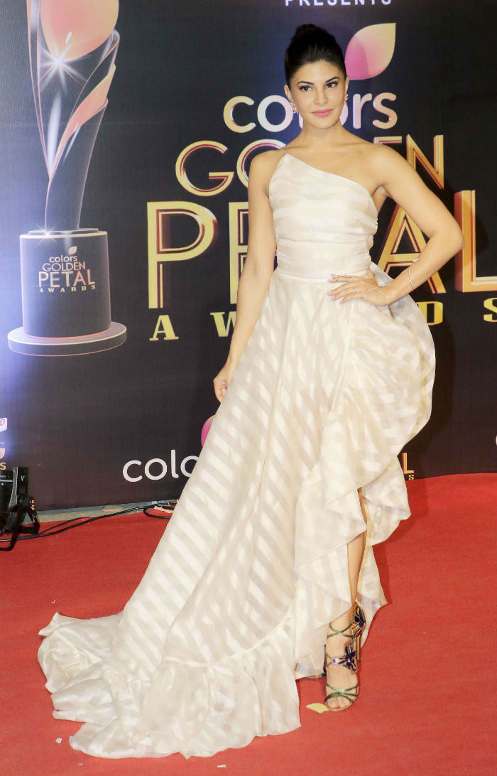 Jacqueline Fernandez Looked hot in a one shoulder asymmetrical gown from Gauri and Nainika's Collection at Colors Golden Petal Award