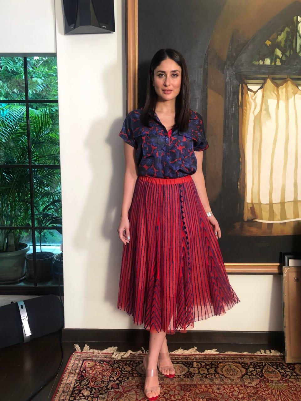 kareena-kapoor-khan-in-skirt-with-floral-printed-shirt