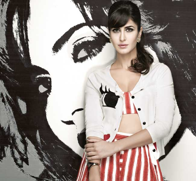 katrina-kaif-in-new-style-dress