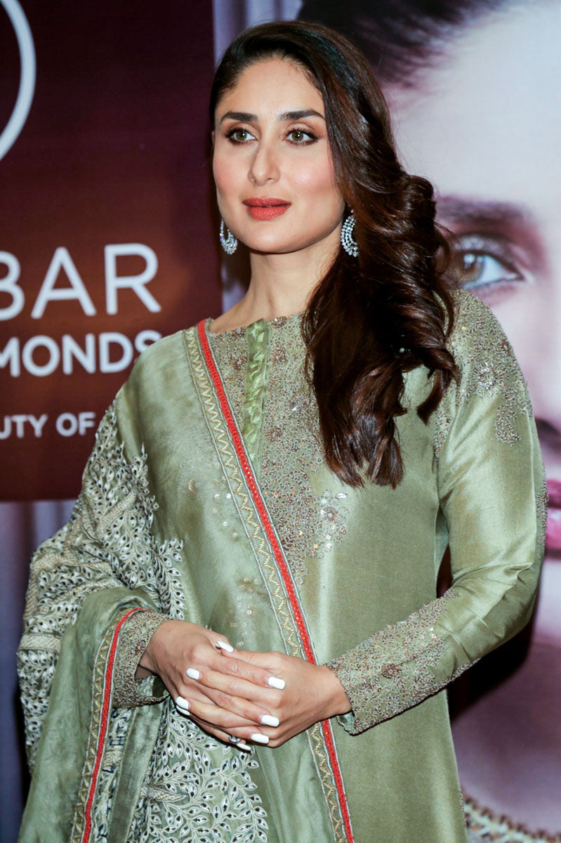 Kareena Kapoor Khan Turned Heads in An Olive Green Anamika Khanna Traditional Attire