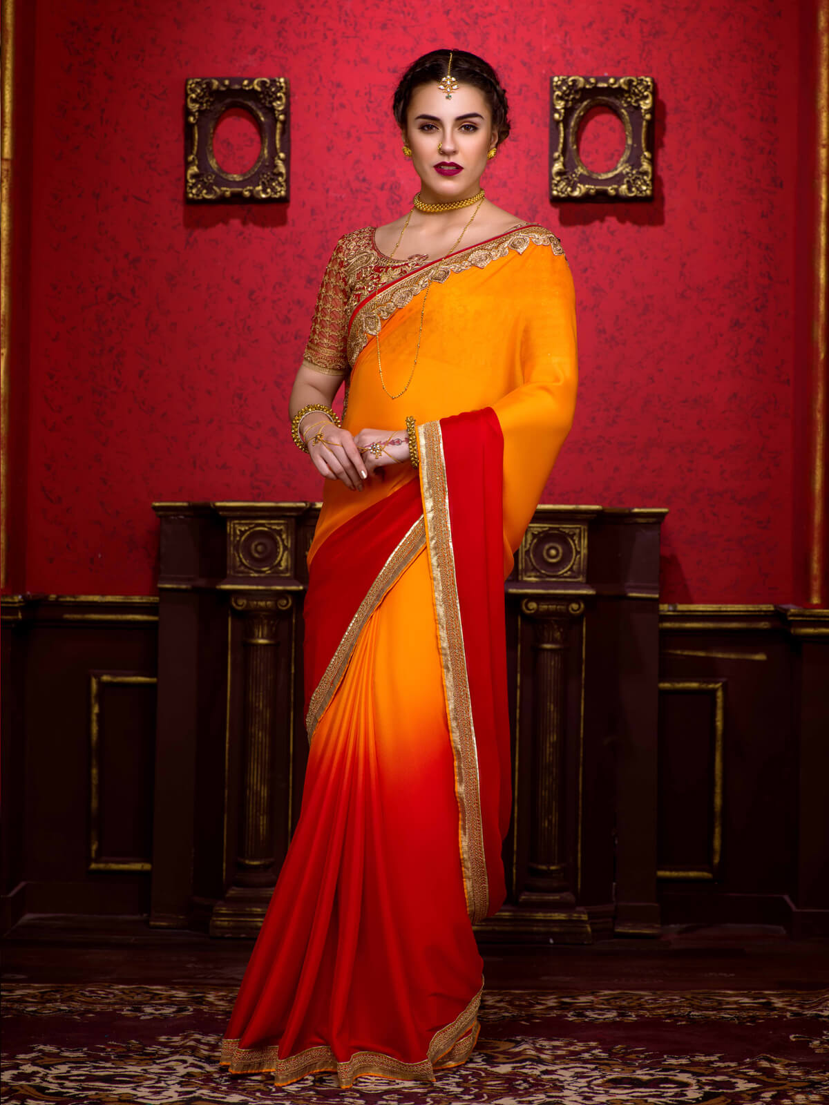 plain-saree-with-border-and-designer-blouse