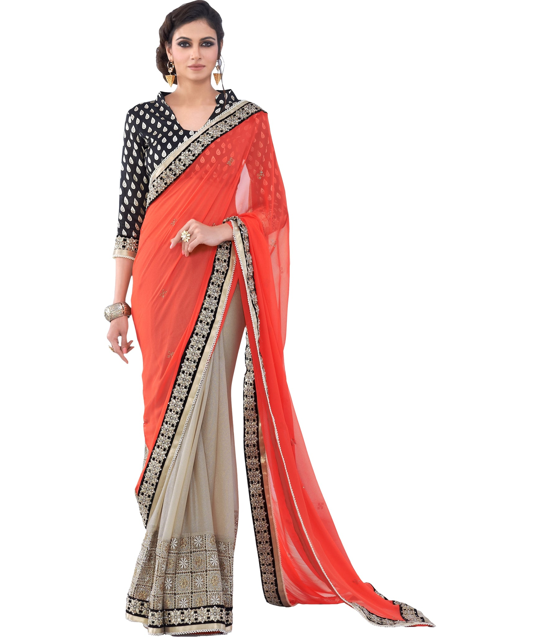 plain-saree-with-printed-blouse