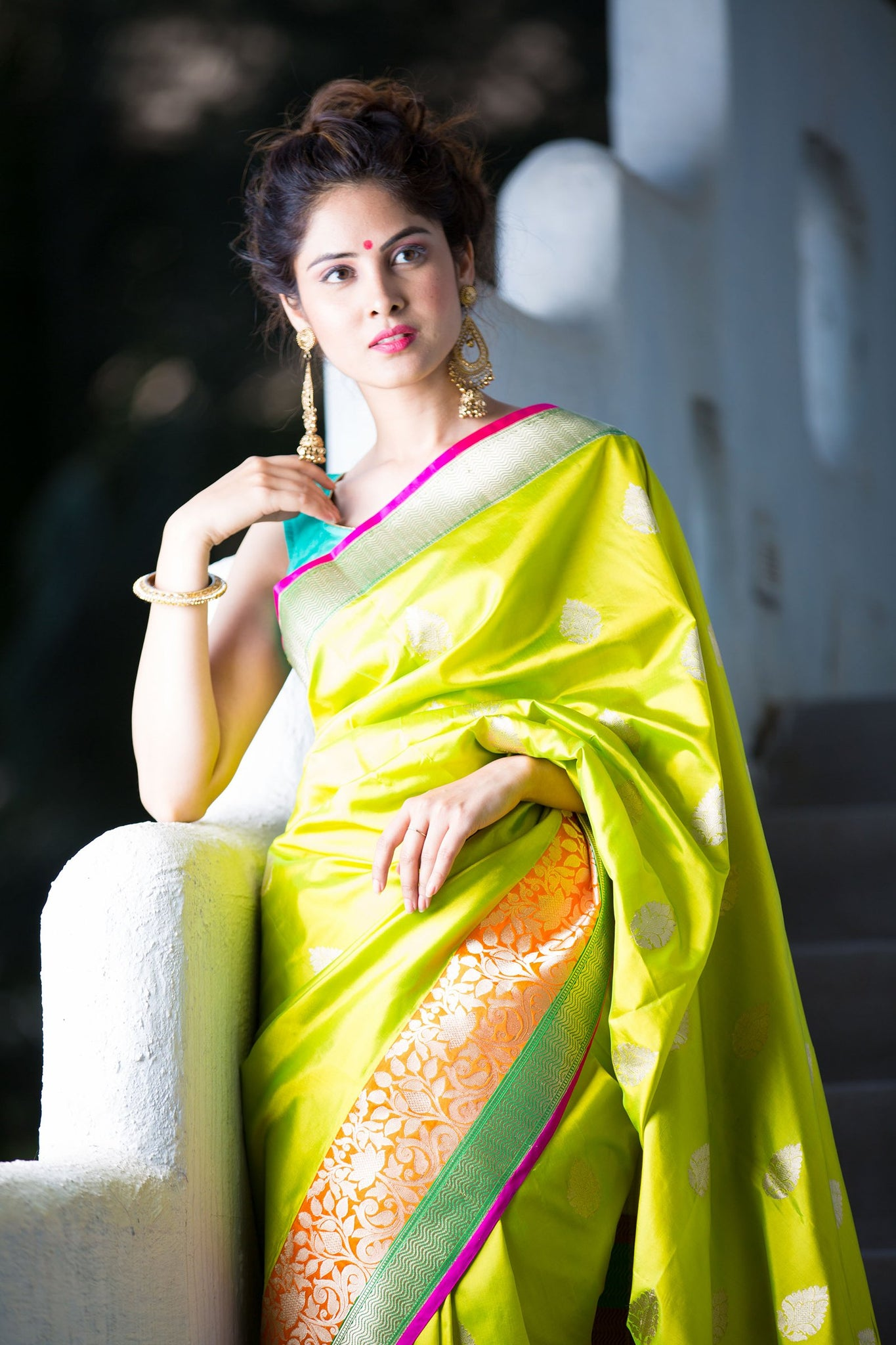 plain-silk-saree-with-golden-border