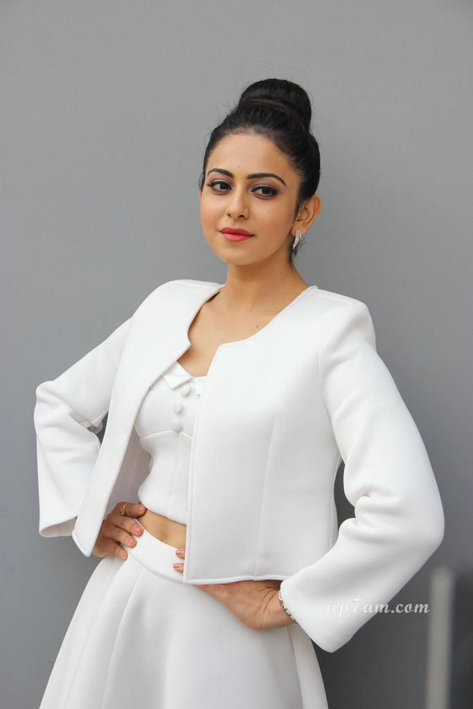 rekul-preet-in-white-top