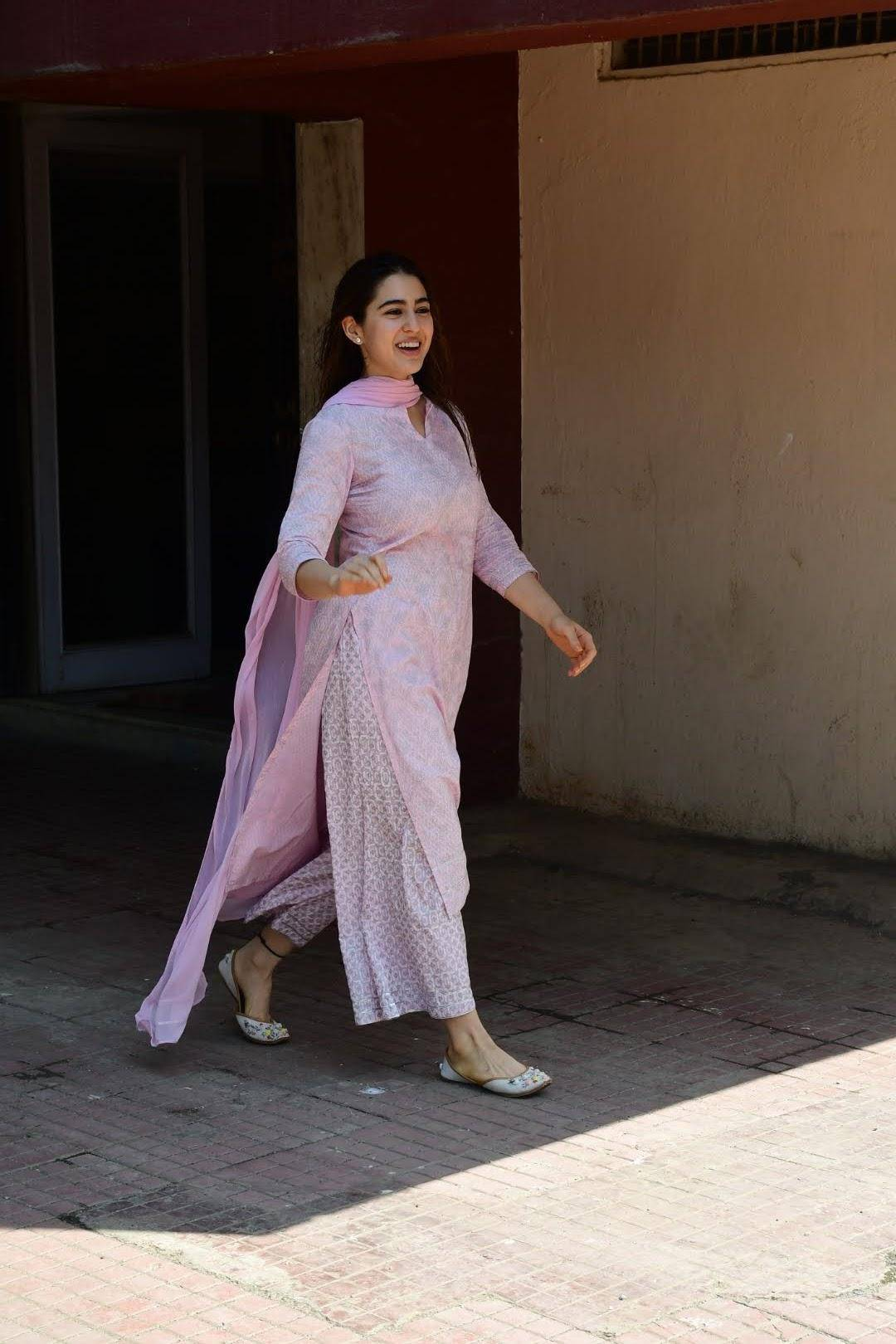 sara-ali-khan-in-palazzo-suit-with-dupatta-set