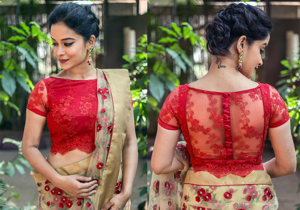 saree-blouse-boat-neck-designs